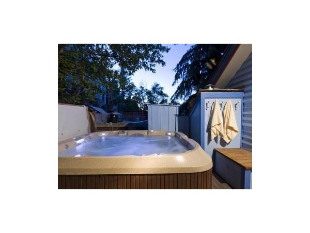 The private hot tub cannot be beat!