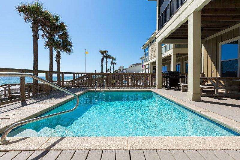 The Pelican's Nest - Beachfront 4 Bdrm/4.5 Bath Home with Pool and Hot Tub!