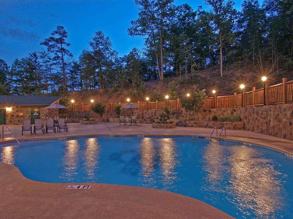 Starr Crest Resort Pool