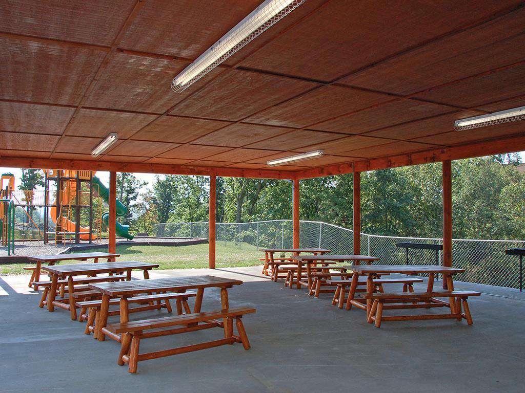 Starr Crest Resort Pavilion Seating & Grills
