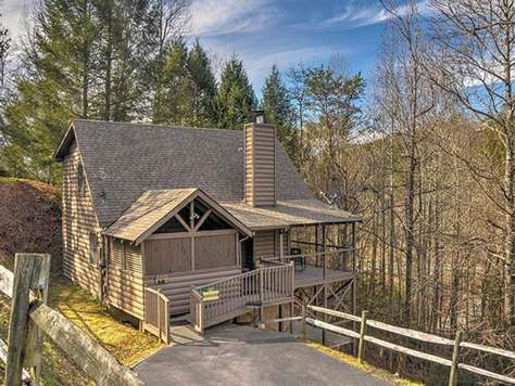 Country Pines Log Home Resort | Come Home to your Past