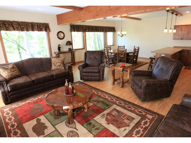 Maplewood ABC (3 Bedroom Vacation Home)