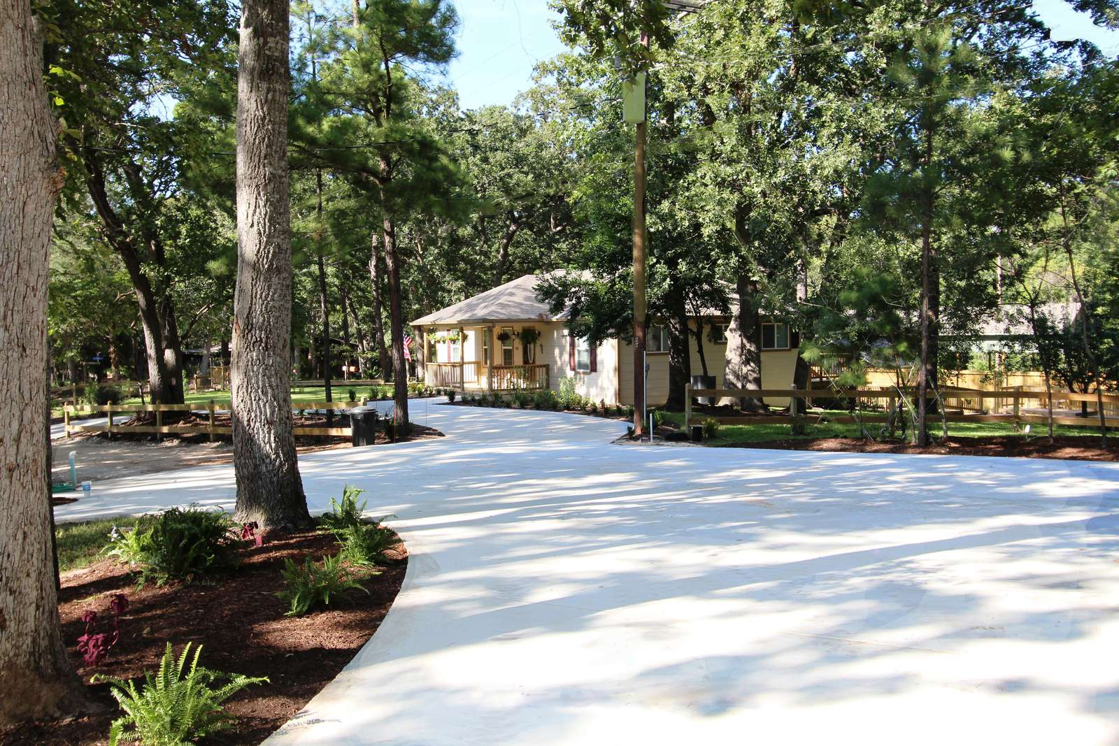 The circular driveway offers plenty of room for parking. We can arrange trailer parking if needed.