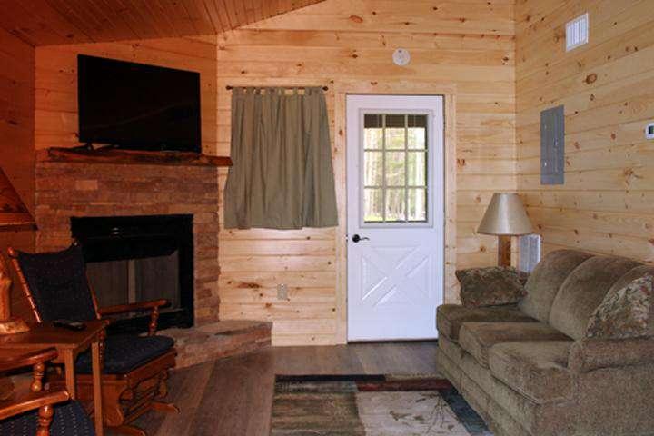Sugar Pine - Living Room