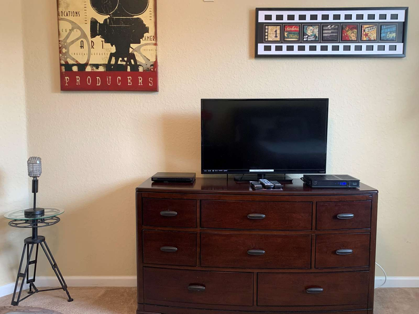 TV and DVD player in third bedroom