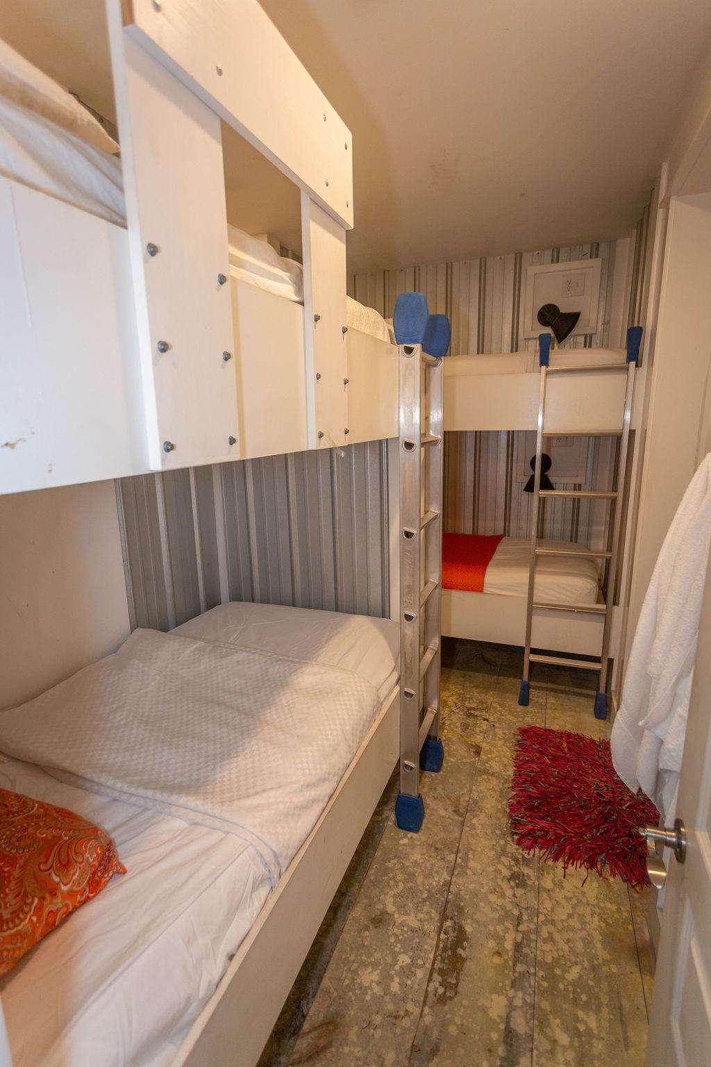 Br # 3 has 3 bunks-sleeps 6 with bath