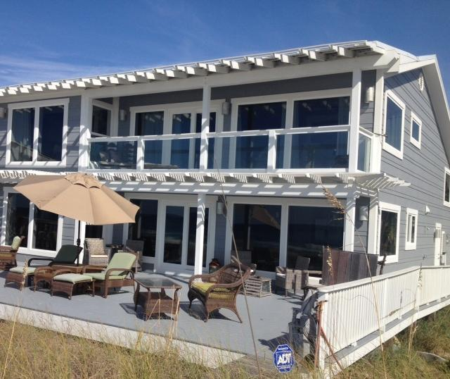 Large deck for family celebrations & weddings overlooking the ocean