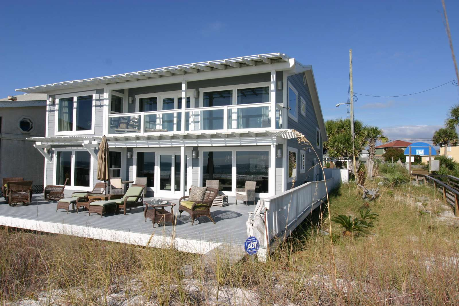 BACK DECK VIEW wedding guest can park and come down access