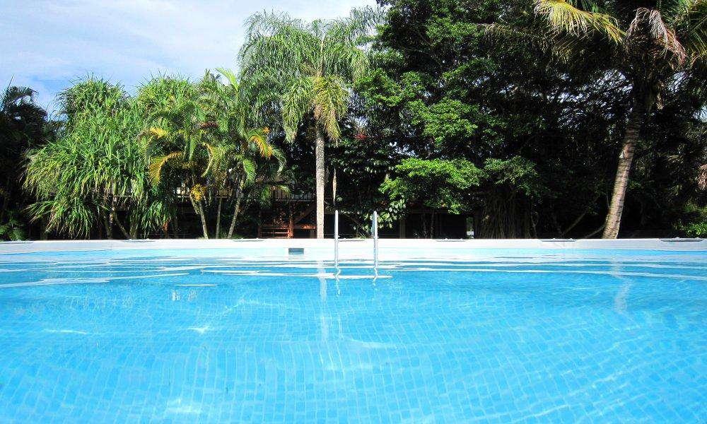 Pool (Ø 14′ x 48″ deep) self service
