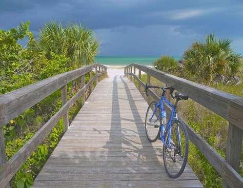 In Bicycle distance - Sanibel Island
