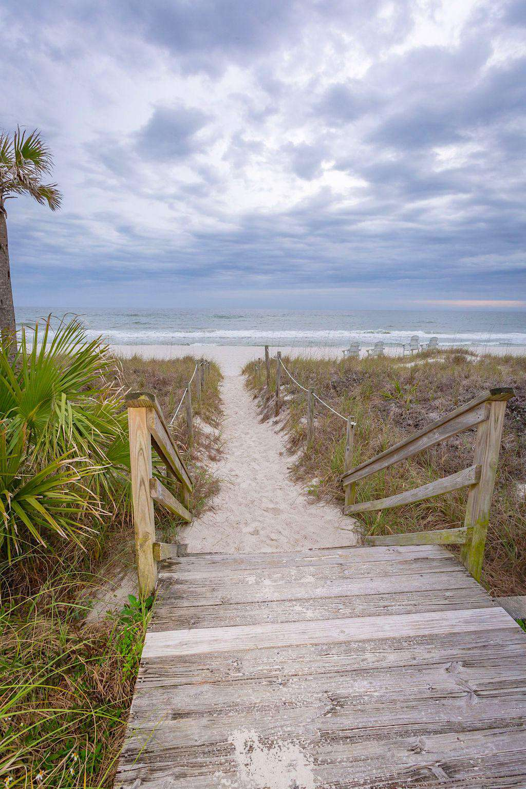 2 walkways to the beach.  Perfect for weddings & family vacations