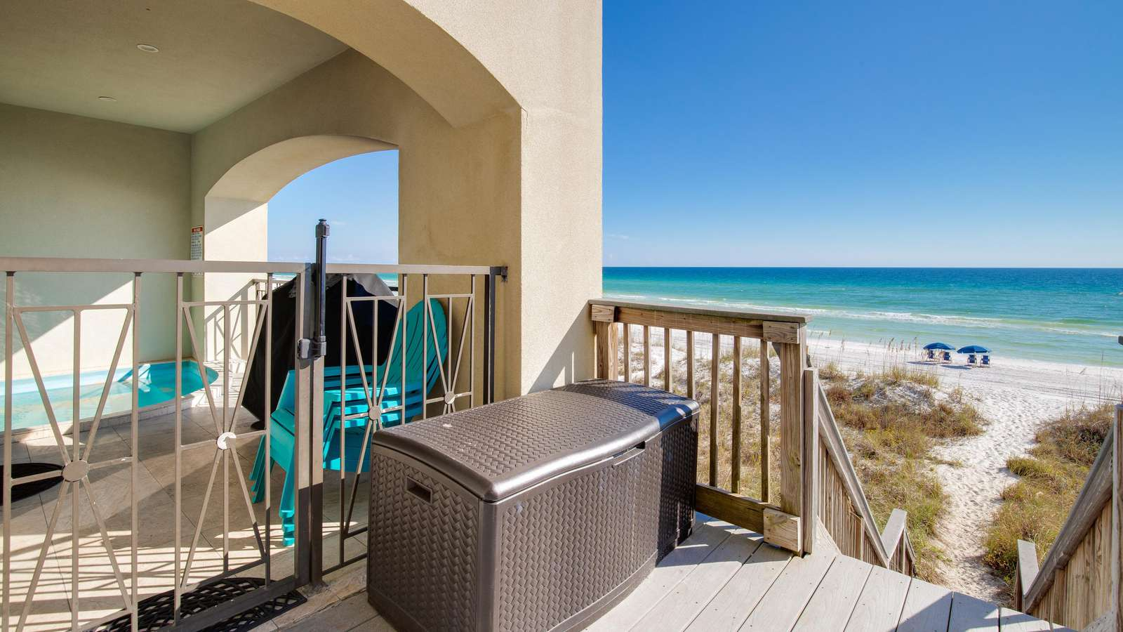 Enjoy grilling your favorite meal while relaxing in the beauty of the Emerald Coast!