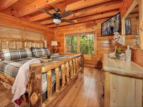 Private master bedroom & bath