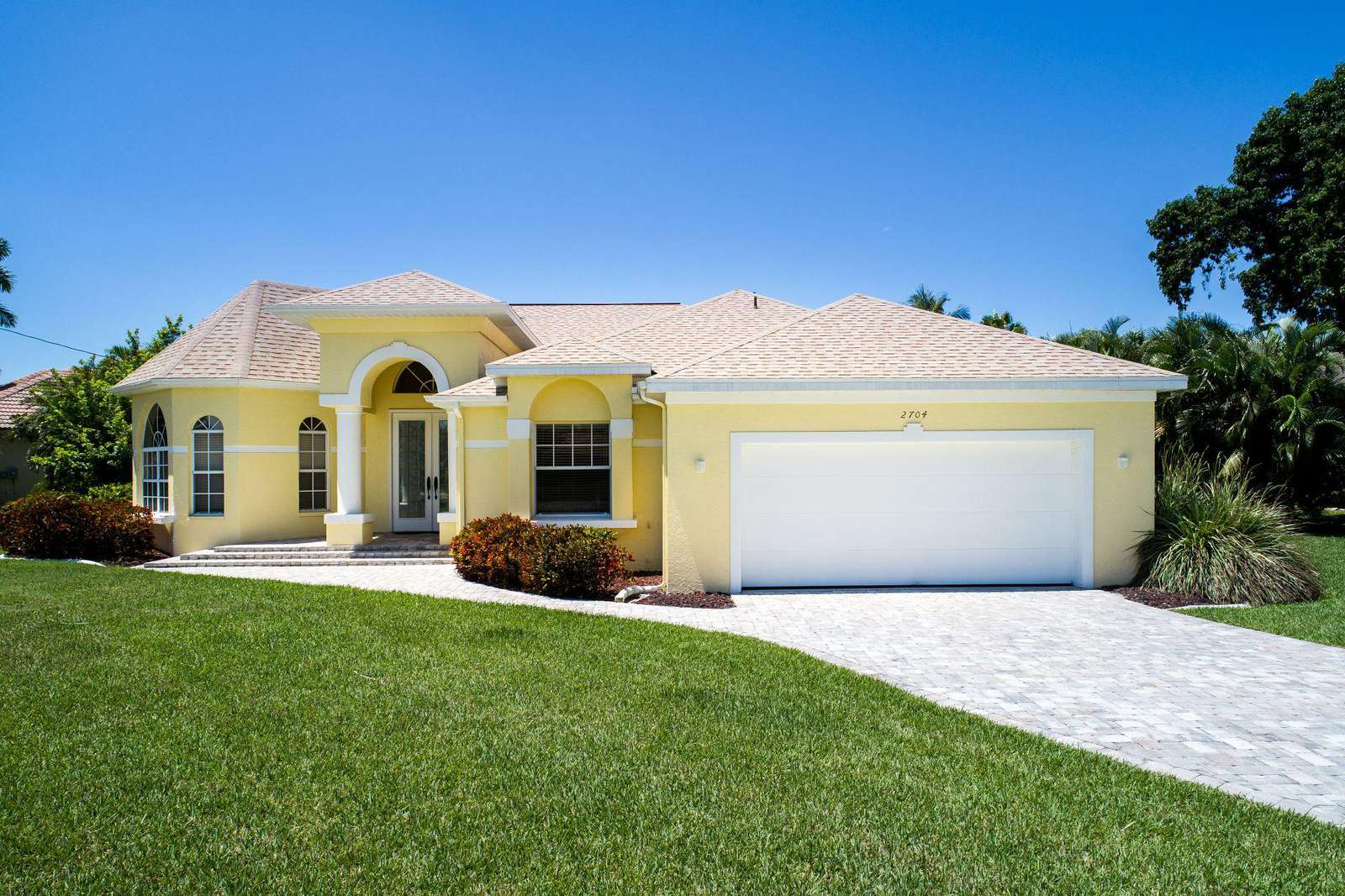 Wischis Florida Home - Treasure Island Vacation Rental Cape Coral - Property Management - Real Estate