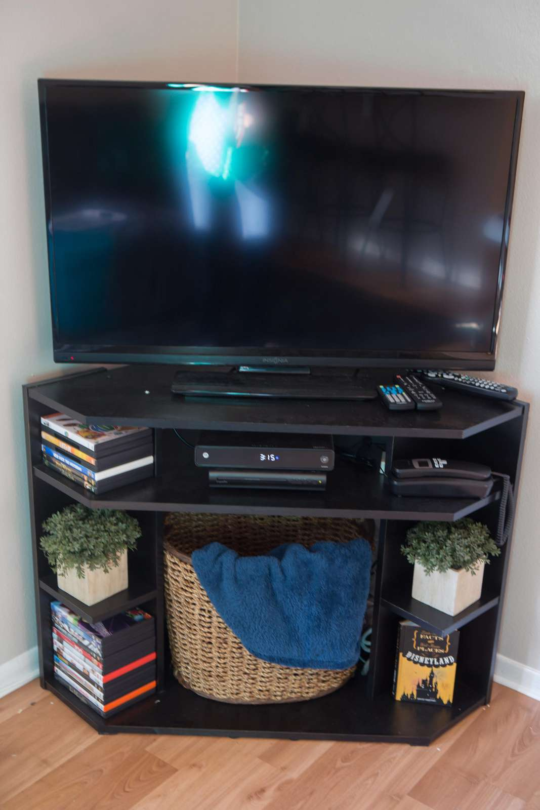 TV, Cable, & DVD Library