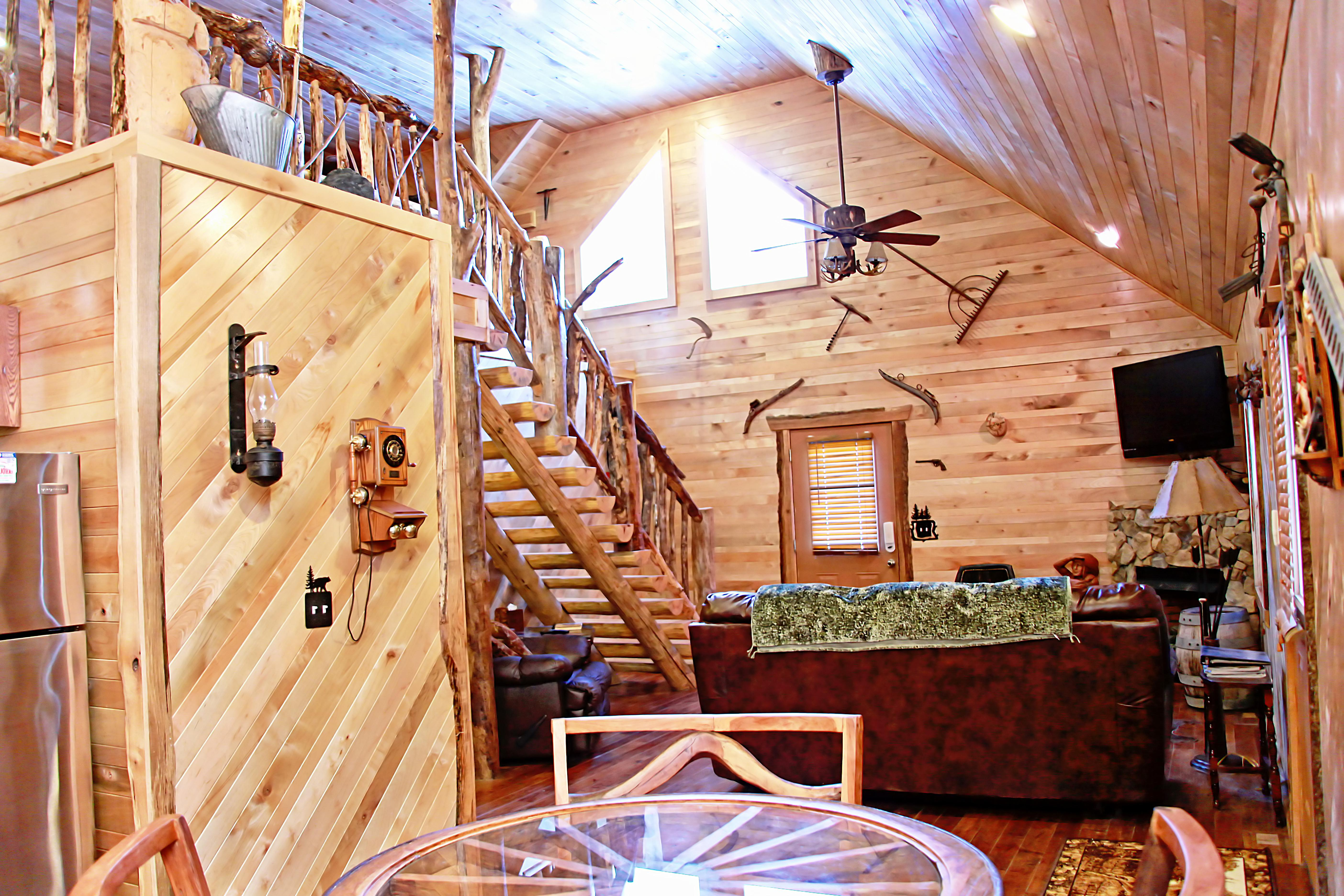 new mountaineer rates with country rentals west road img cabins cabin tub wv in hot virginia river gorge