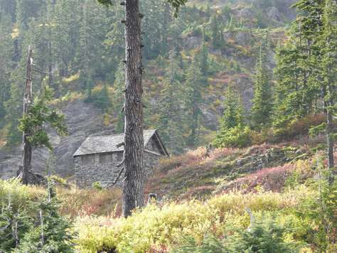 Historical Cabin near Ski Area