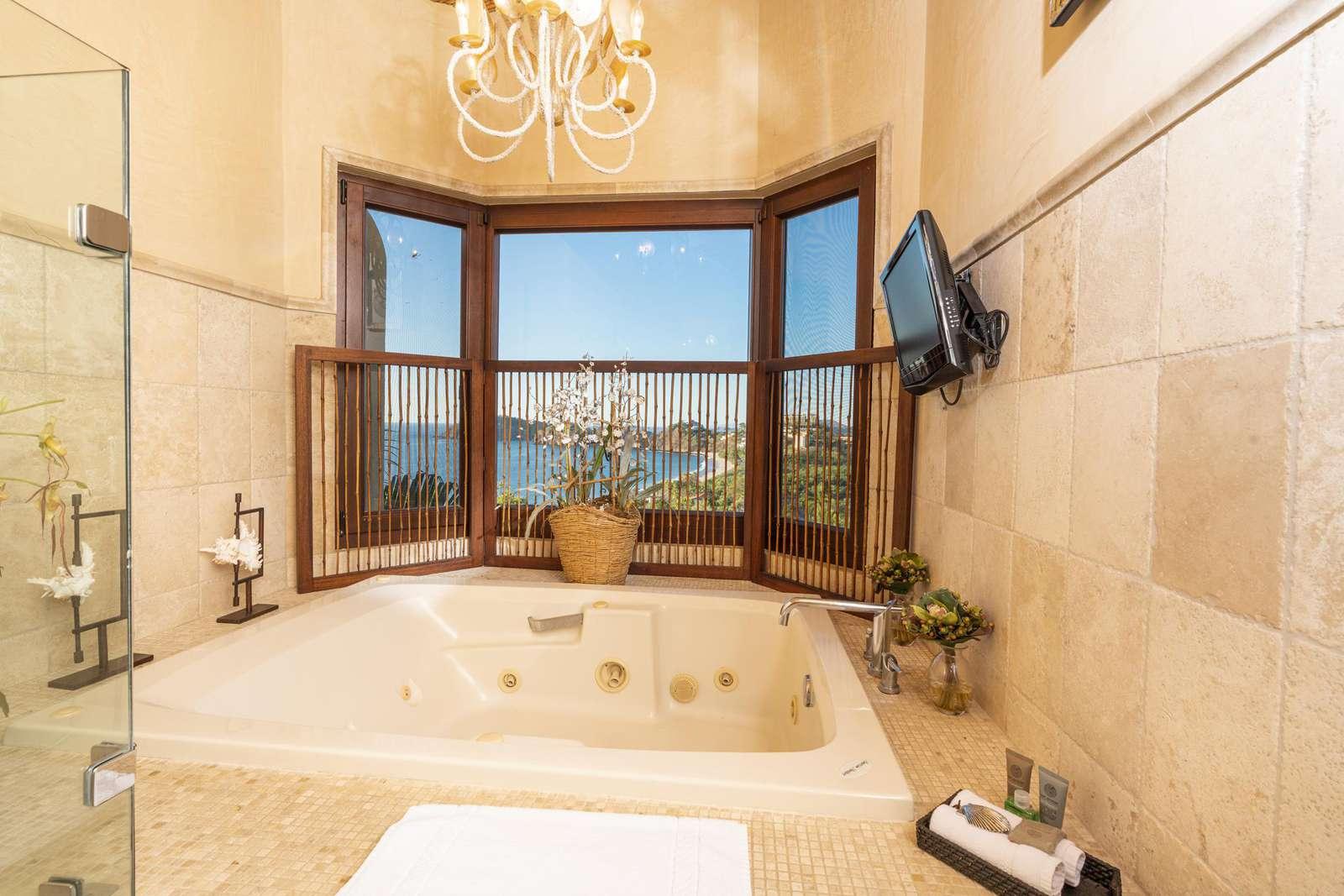 Master bathroom, jacuzzi tub, walk in shower, dual vanity