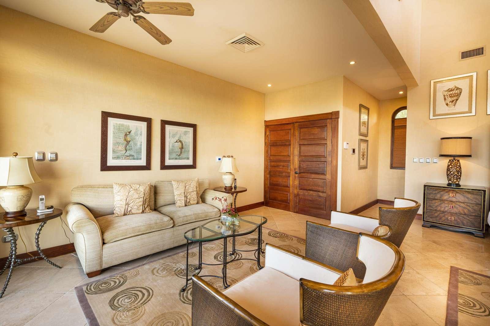 Sitting area in master suite