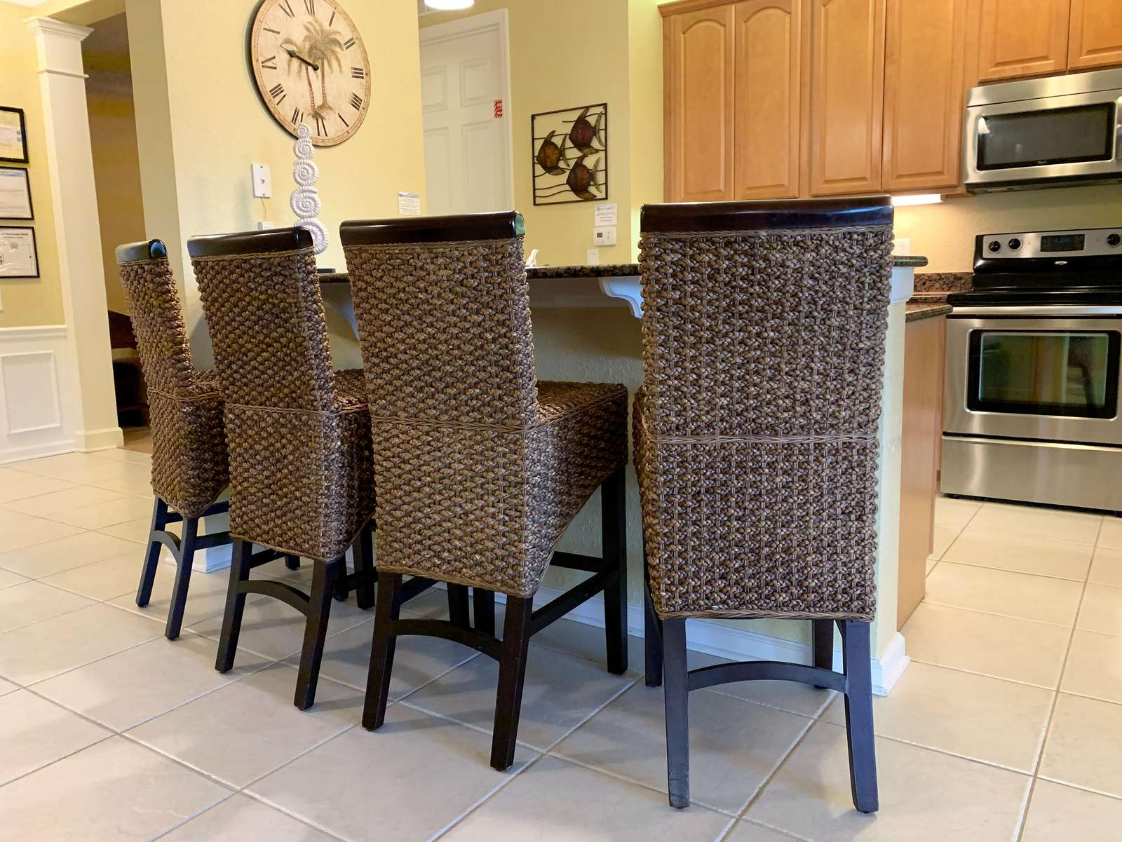 Breakfast counter seating