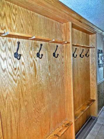 Store your gear securely on our recessed ski racks in hallway