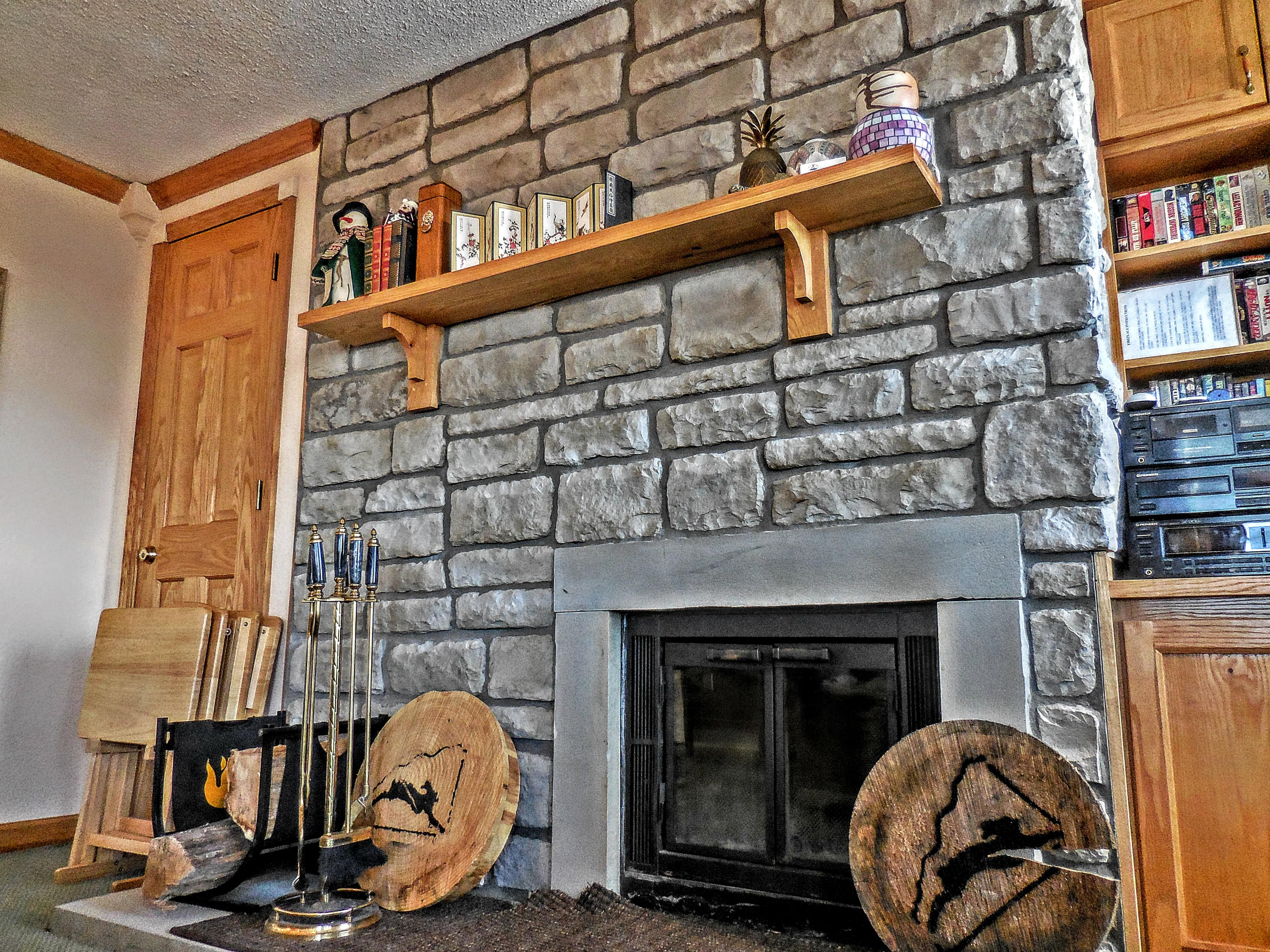 One of the few Mountain Lodge units with a wood-burning fireplace!