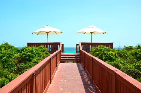 Beach Access located less than 2 blocks away - just down one of Rosemary's wooden boardwalks. Perfect sunset viewing spot!