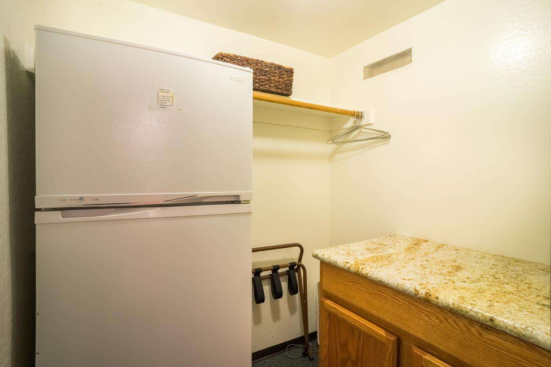 Refrigerator Room