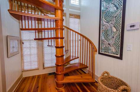 Spiral Stairs to Queen Bedroom