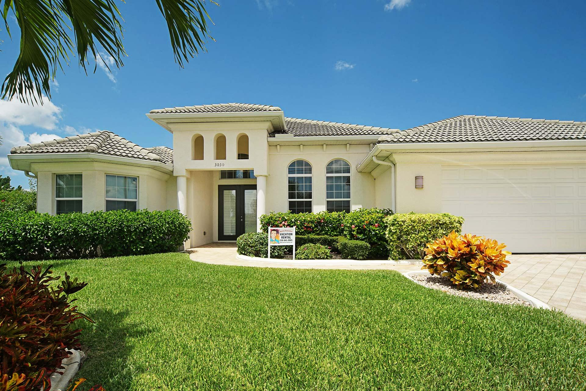 Wischis Florida Home - Coral Palms