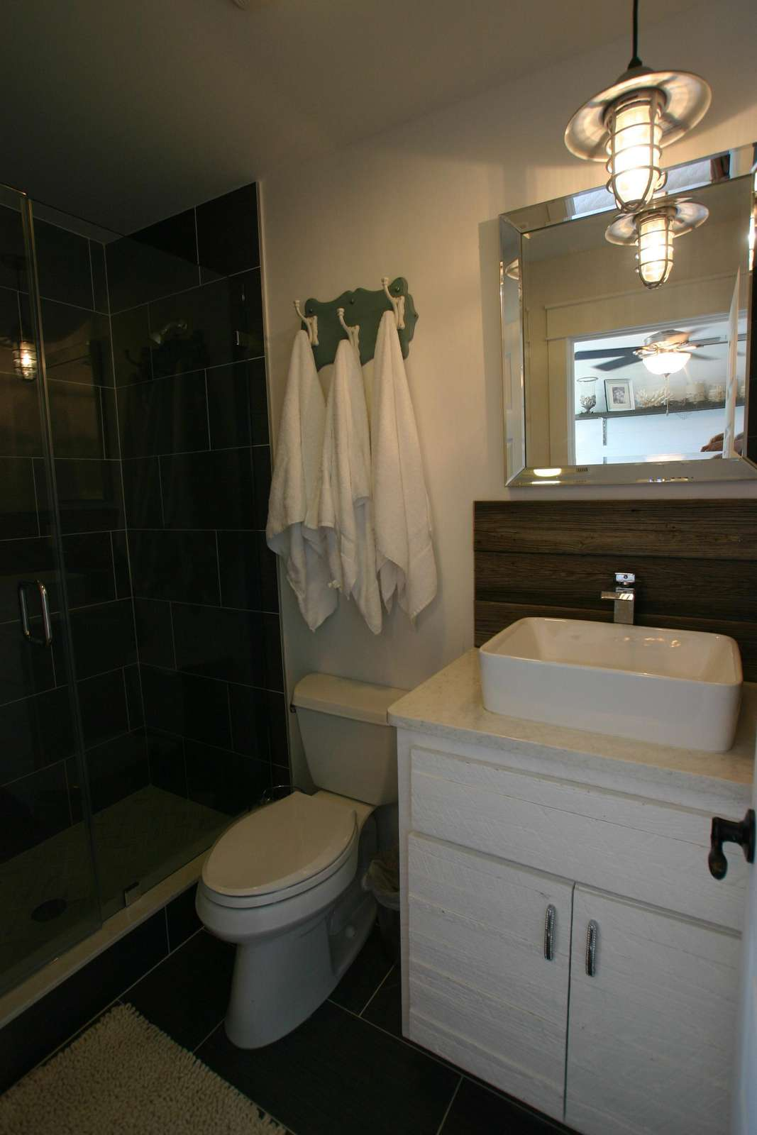 one of 9 bathrooms