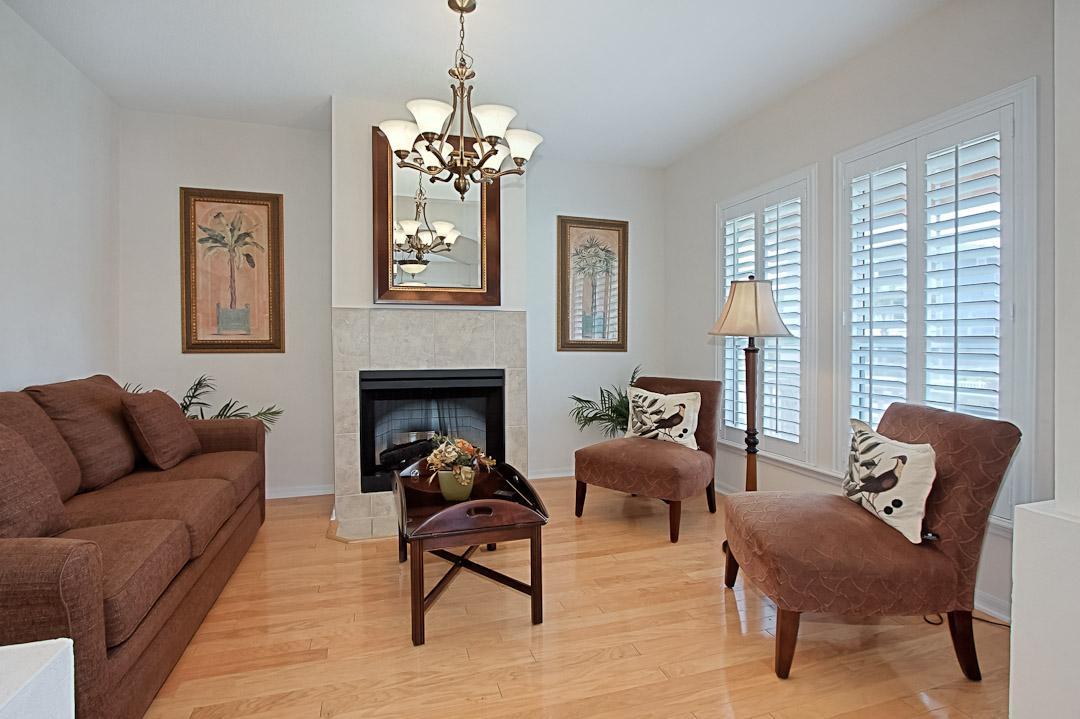 Formal Living Room - Sleeper Sofa