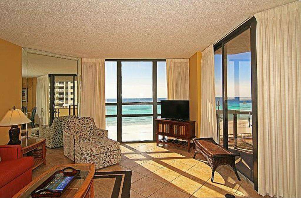The living room looks out onto the blue-green waters!
