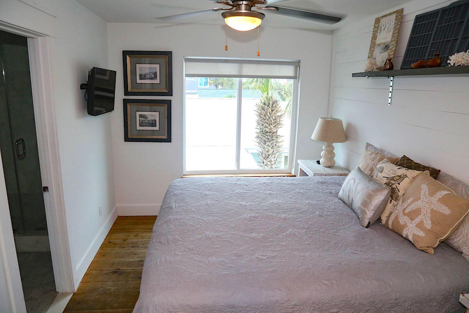 Bedroom #5 has king bed/bath ocean view, flat screen