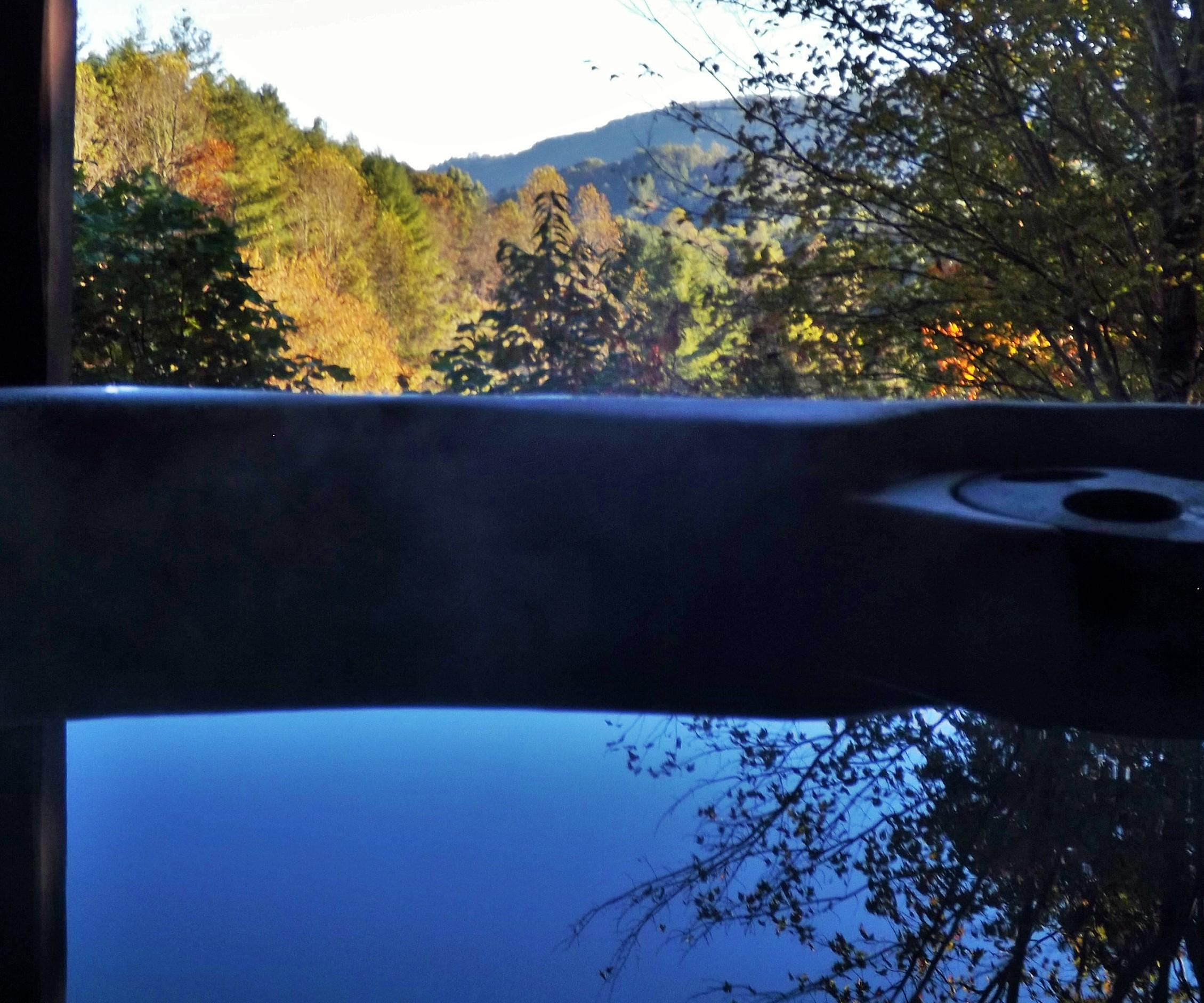 Pasture and Mountain Views from the Sparkling Hot Tub!