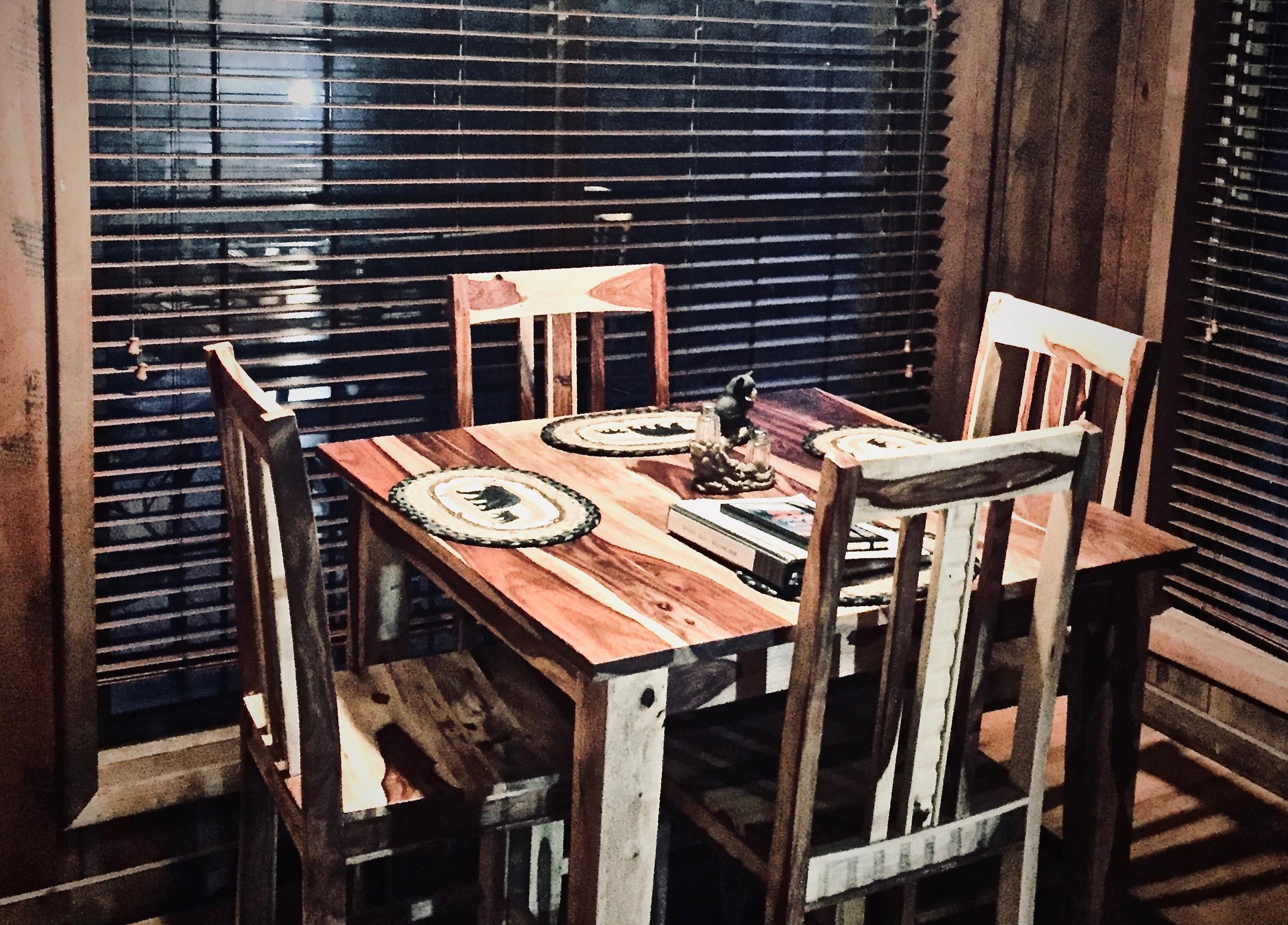Rustic Dining Table (2018), and additional seating at the breakfast bar!