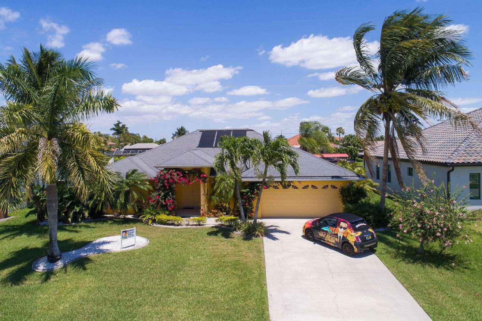 Wischis Florida Home - Pineapple Paradise