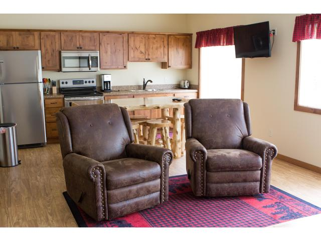 Whitewater B (1 Bedroom Vacation Home)