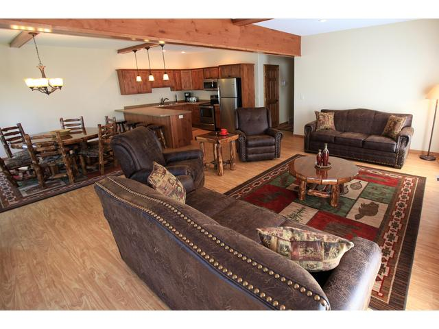 Itasca AB (2 Bedroom Vacation Home)