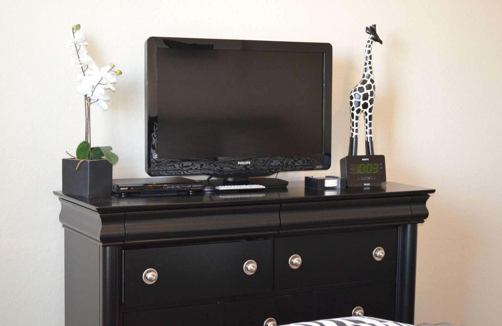 Flatscreen TV in guest bedroom
