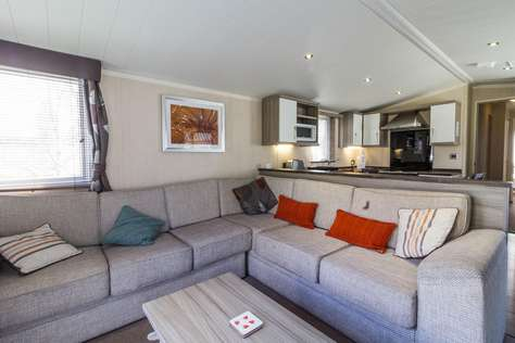 Comfy and cosy caravan for Hire through 2cholidays