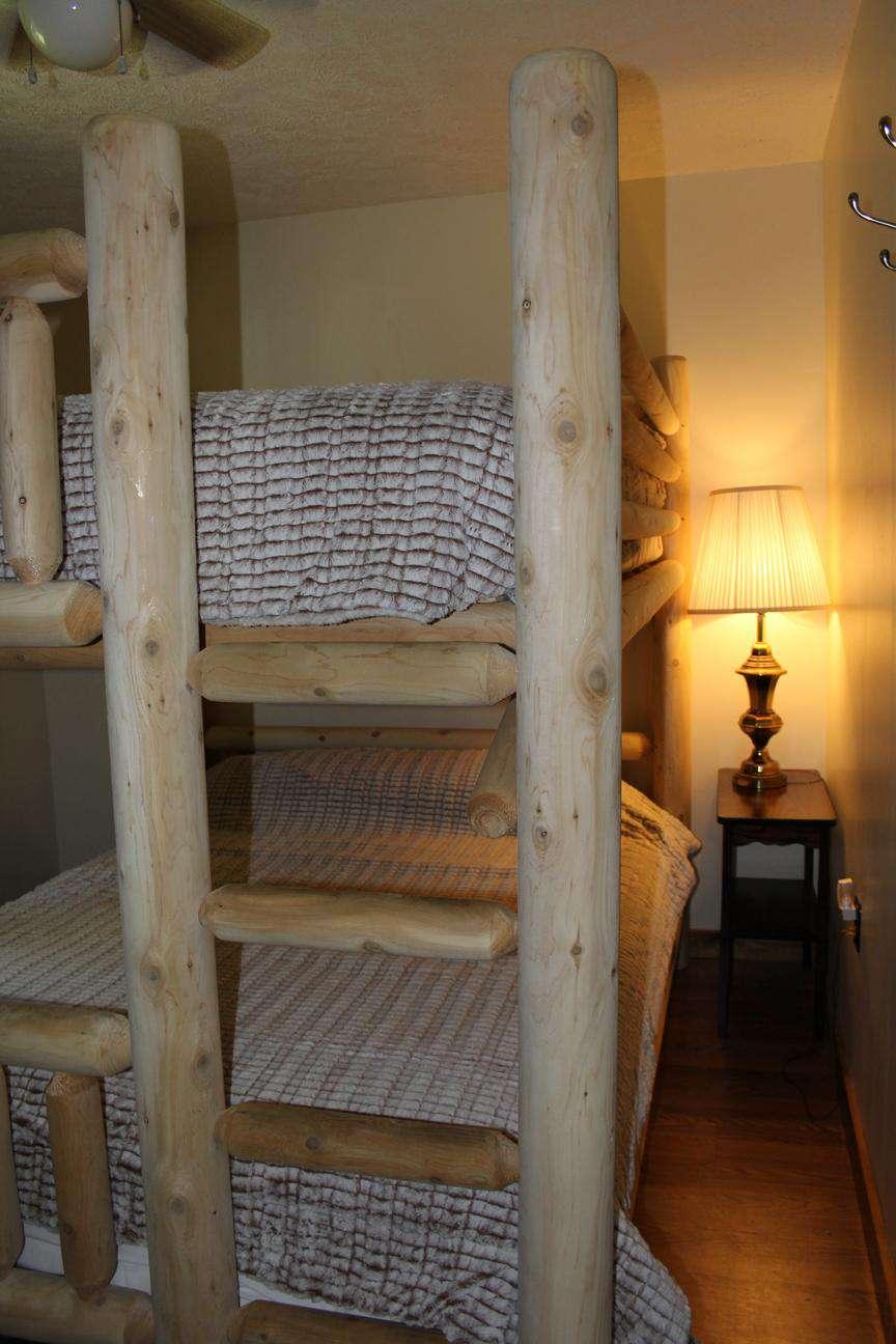 Queen Bunk Beds - 2nd Bedroom