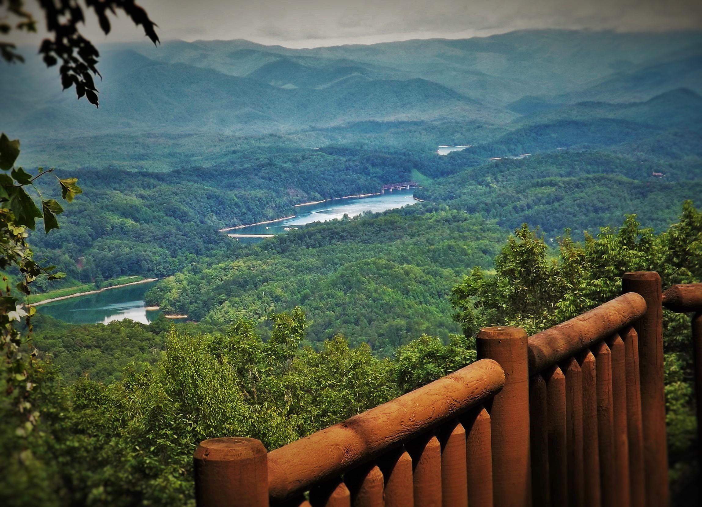 Breath taking Lake and Mountain Views