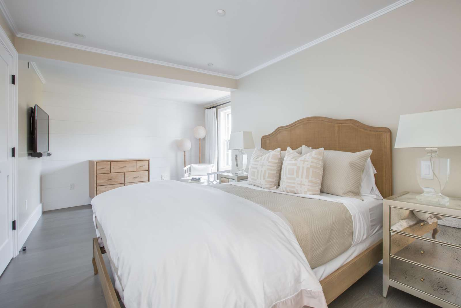 Master bedroom with sitting area in 2 bedroom apartment