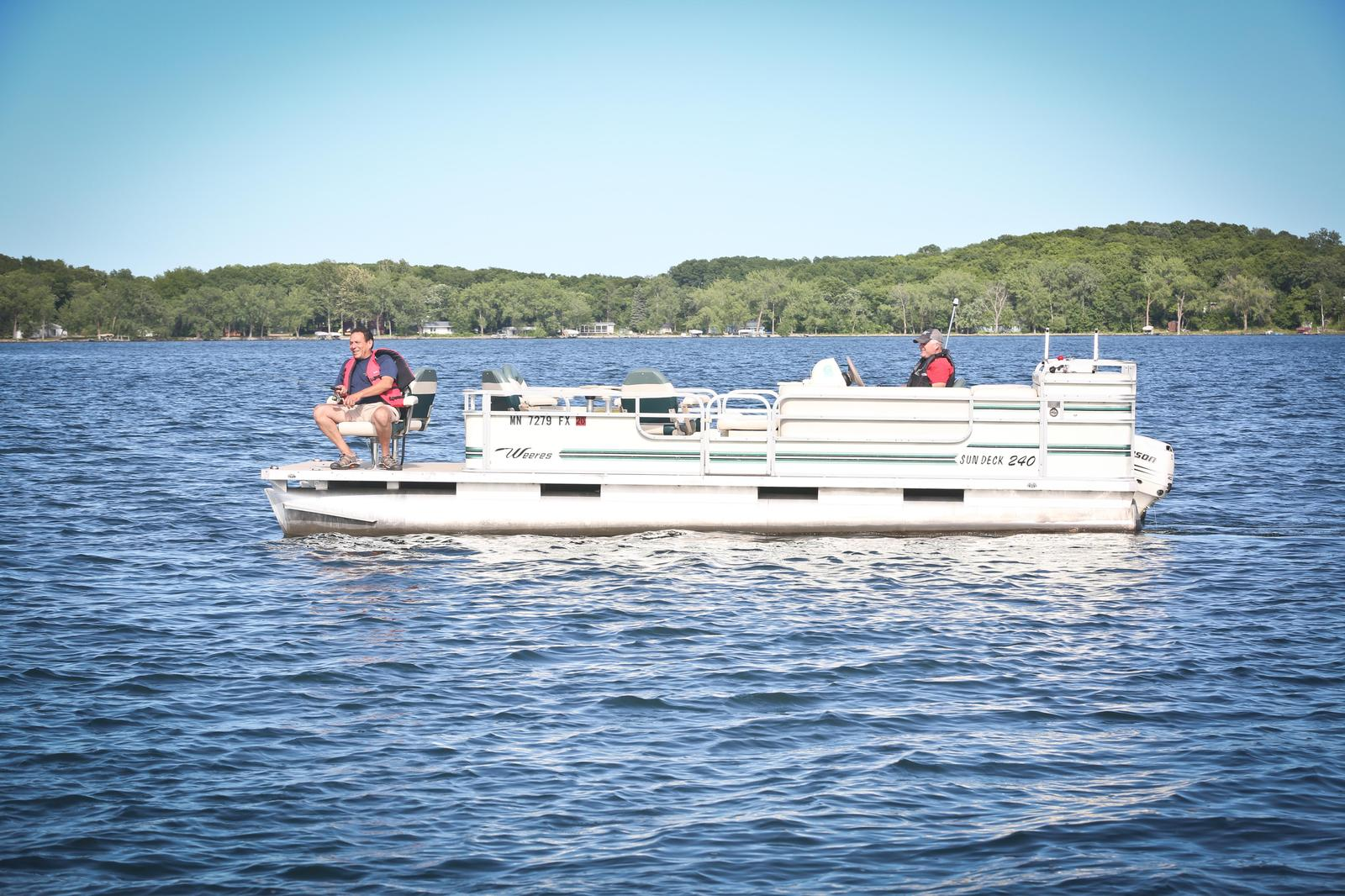 Pontoon - 24' Weeres with 40 HP Mercury 4-Stroke Engine