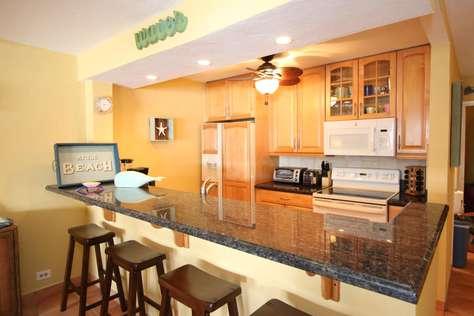 Beautiful spacious kitchen