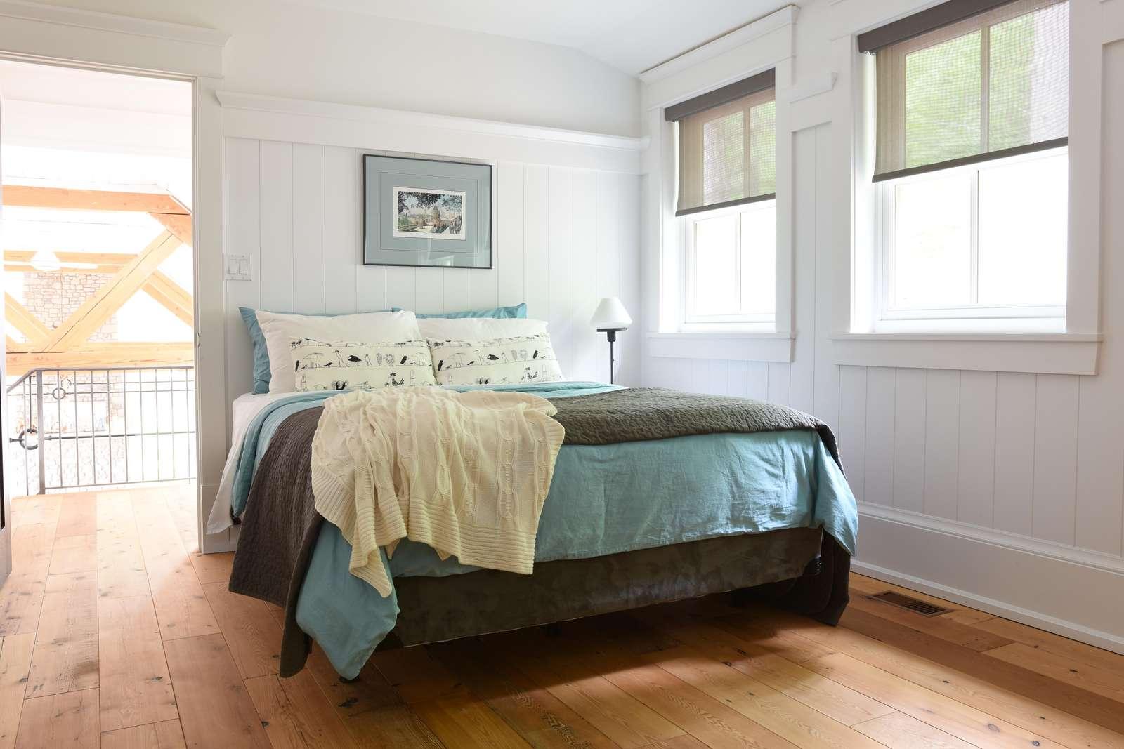 Upper Level Bedroom #5