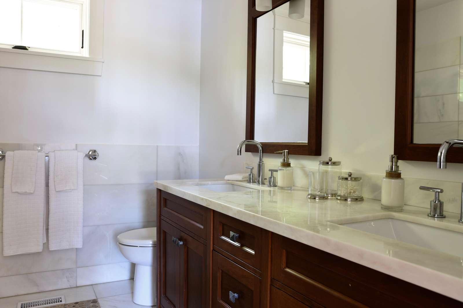 Main Level Bathroom #2