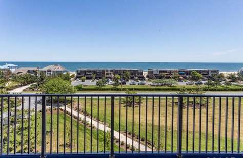 21 Ocean Dr, #502, North Shores