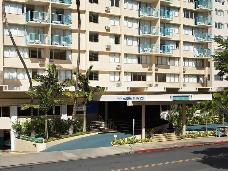 Aloha Surf Hotel Entrance